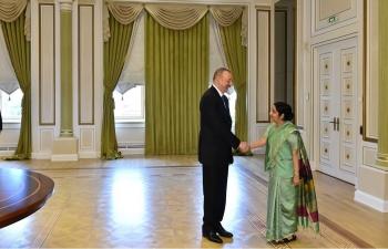 Honble EAM Sushma Swaraj met with Azerbaijani President Ilham Aliyev in Baku (04 April 2018)