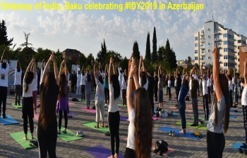 Embassy of India in Baku in association with Executive Power of Lankaran City, Art of Living Azerbaijan and Indian Council For Cultural Relations, organized a Yoga #IDY2019 session in Lankaran city, Azerbaijan on 19 June 2019.