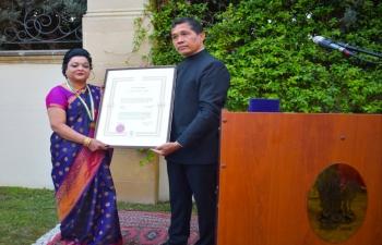 At a function held in Baku on 6 August 2021, Ambassador handed over the Pravasi Bharatiya Samman Award to Dr. Rajani Chandra D'Mello , recipient of PBSA-2021 in the field of Medicine.
